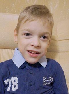 Женя Полянин, 6 лет, детский церебральный паралич, требуется лечение. 118265 руб.