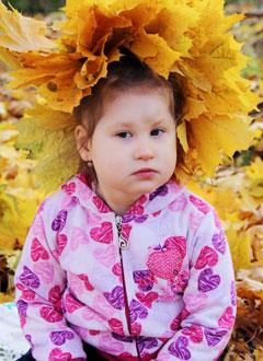Вика Мысина, 3 года, детский церебральный паралич, последствия перенесенного менингоэнцефалита, требуется лечение. 197730 руб.