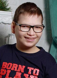 Лева Кукарцев, 14 лет, врожденная хромосомная патология – синдром кошачьего крика, требуется курсовое лечение. 180000 руб.