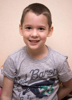Максим Чуприков, 5 лет, детский церебральный паралич, требуется лечение. 199430 руб.