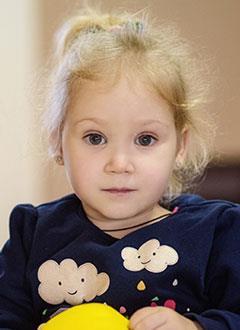 Настя Крапива, 3 года, Spina bifida, требуется комплексное обследование и план лечения. 976500 руб.