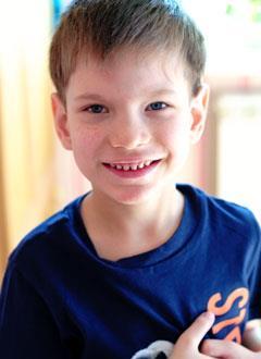Коля Константинов, 5 лет, туберозный склероз, структурная фокальная эпилепсия, требуется лекарство на год. 681597 руб.