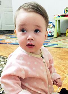 Даша Михеева, 10 месяцев, врожденная левосторонняя косолапость, требуется лечение. 119350 руб.
