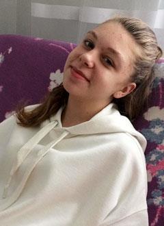 Алина Михайлова, 14 лет, воронкообразная деформация грудной клетки, требуется операция. 433621 руб.