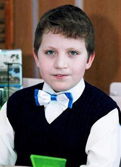 Максим Трусов, 12 лет, расщелина альвеолярного отростка, недоразвитие верхней челюсти, сужение зубных рядов, требуется ортодонтическое лечение. 320000 руб.